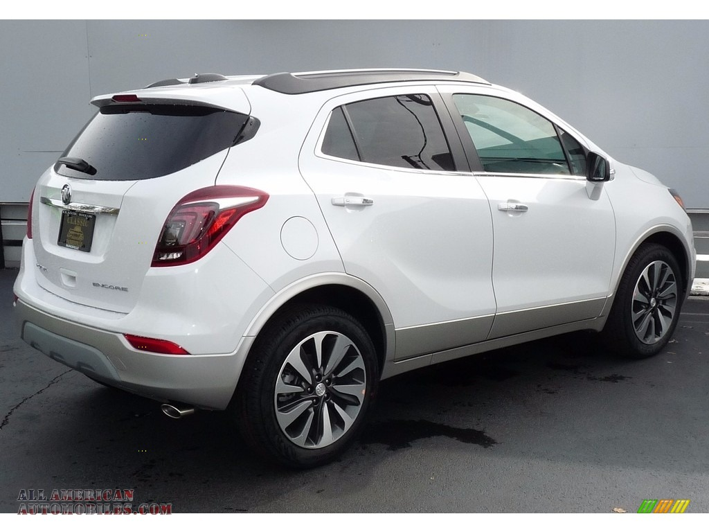 2018 Encore Preferred II - White Frost Tricoat / Ebony photo #2