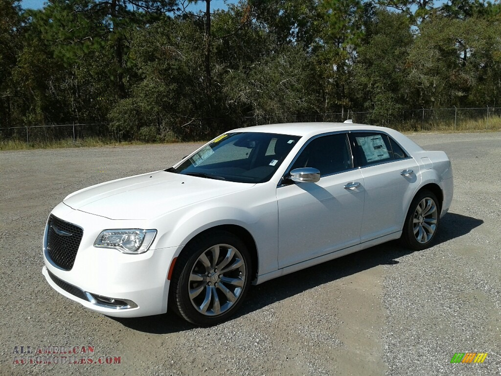 Bright White / Black Chrysler 300 Limited