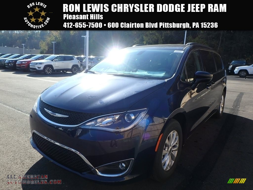 2018 Pacifica Touring Plus - Jazz Blue Pearl / Black/Alloy photo #1