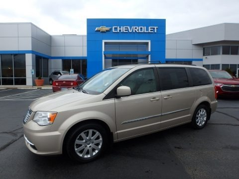 Cashmere Pearl 2012 Chrysler Town & Country Touring