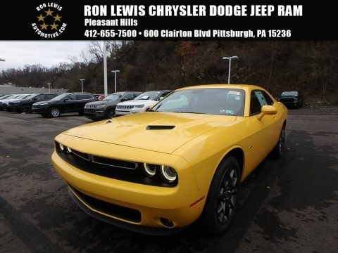 Yellow Jacket 2018 Dodge Challenger GT AWD