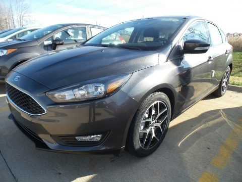 Magnetic 2018 Ford Focus SEL Hatch