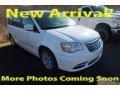 Chrysler Town & Country Touring Bright White photo #1