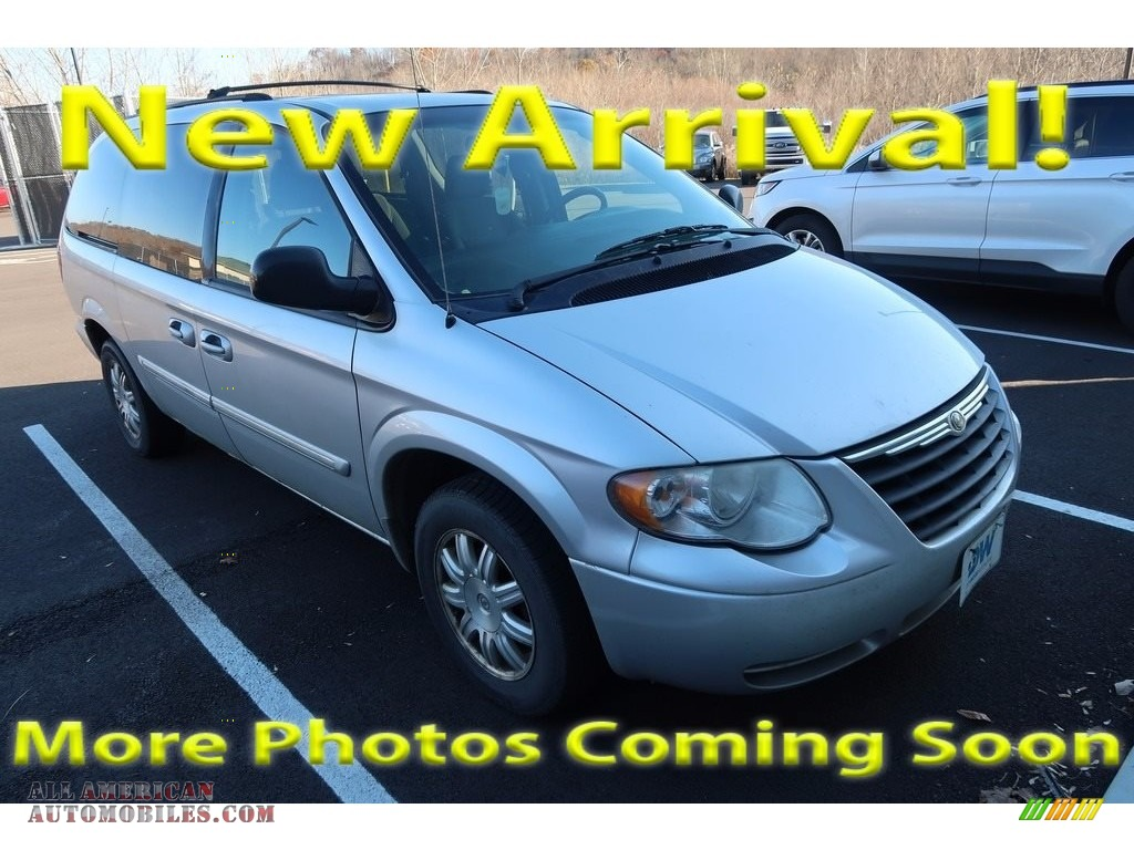 2006 Town & Country Touring - Bright Silver Metallic / Medium Slate Gray photo #1