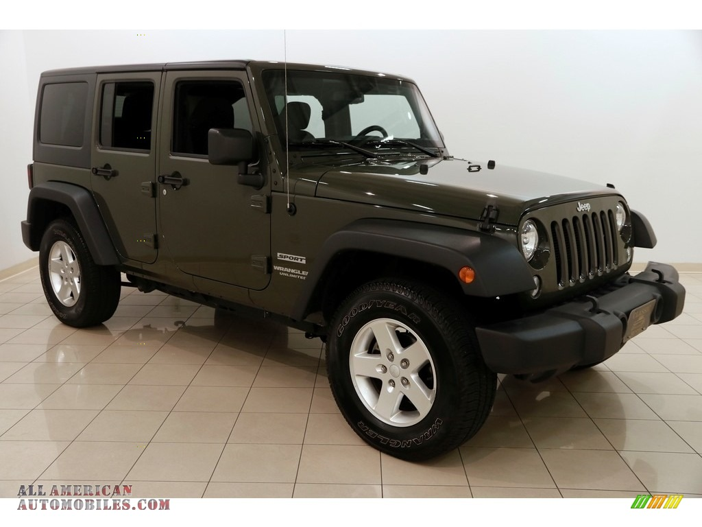 2015 Wrangler Unlimited Sport 4x4 - Tank / Black photo #1