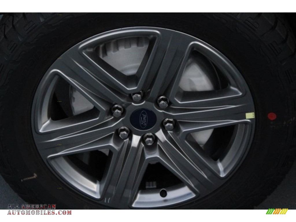 2018 F150 XLT SuperCrew 4x4 - Lightning Blue / Black photo #5