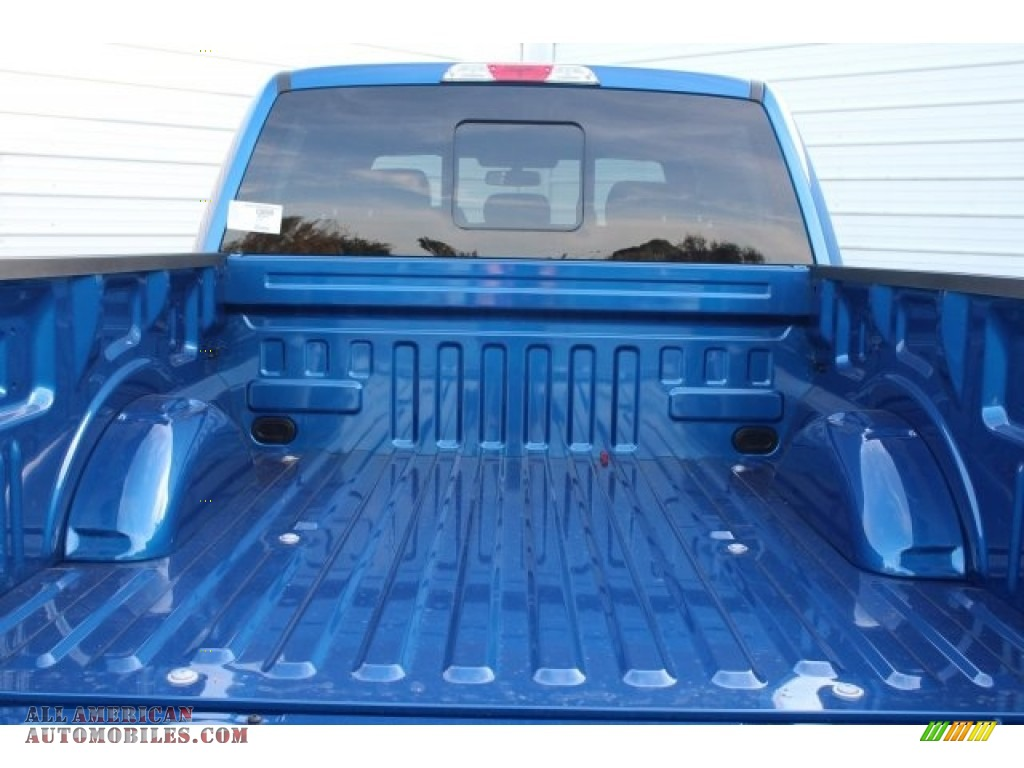 2018 F150 XLT SuperCrew 4x4 - Lightning Blue / Black photo #25