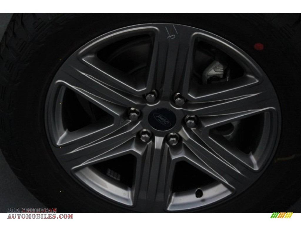 2018 F150 XLT SuperCrew 4x4 - Shadow Black / Black photo #5