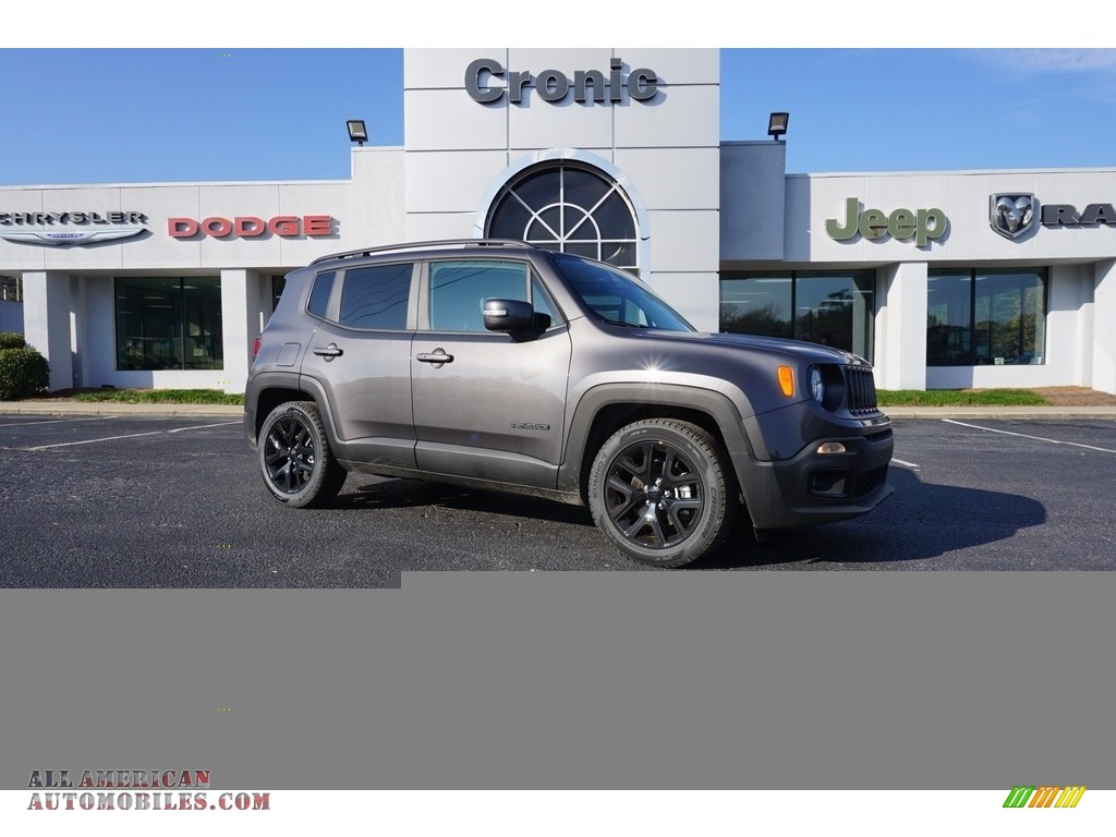 Granite Crystal Metallic / Black Jeep Renegade Latitude