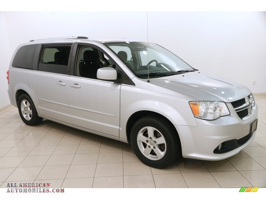Bright Silver Metallic / Black/Light Graystone Dodge Grand Caravan Crew