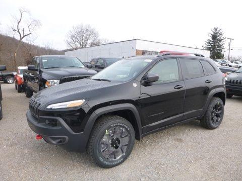 Diamond Black Crystal Pearl 2018 Jeep Cherokee Trailhawk 4x4