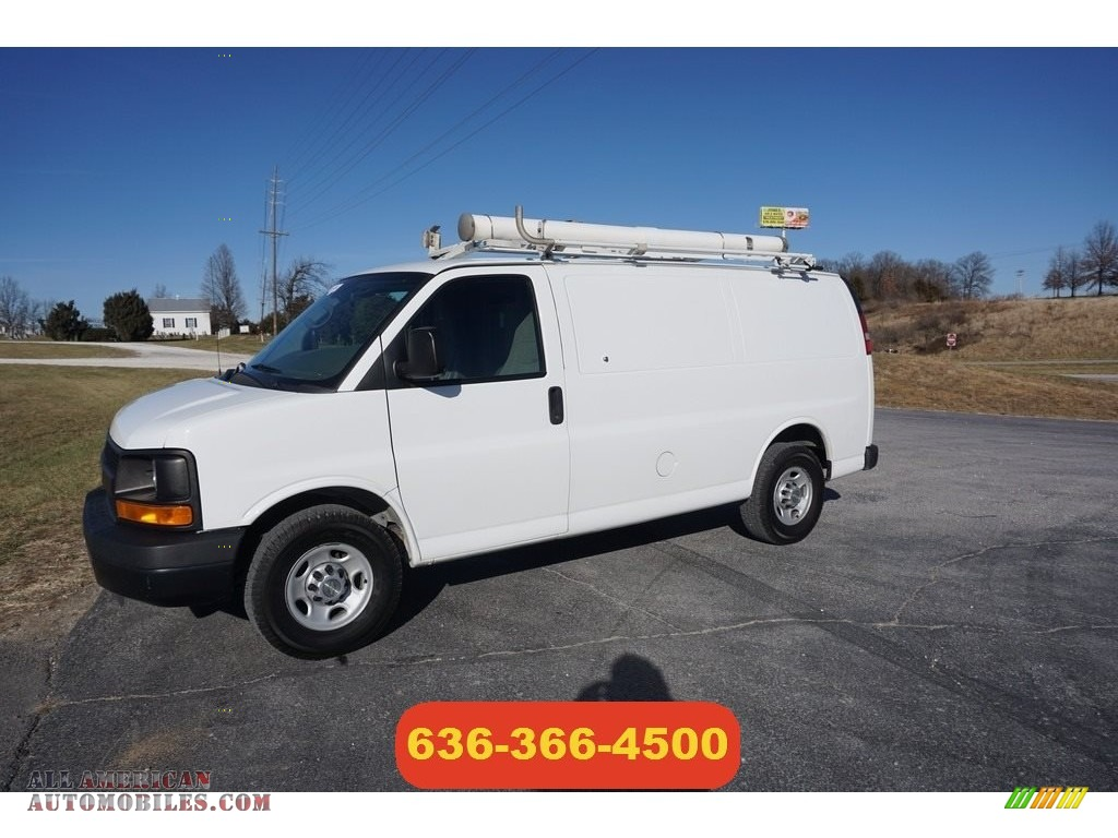Summit White / Medium Pewter Chevrolet Express 2500 Work Van