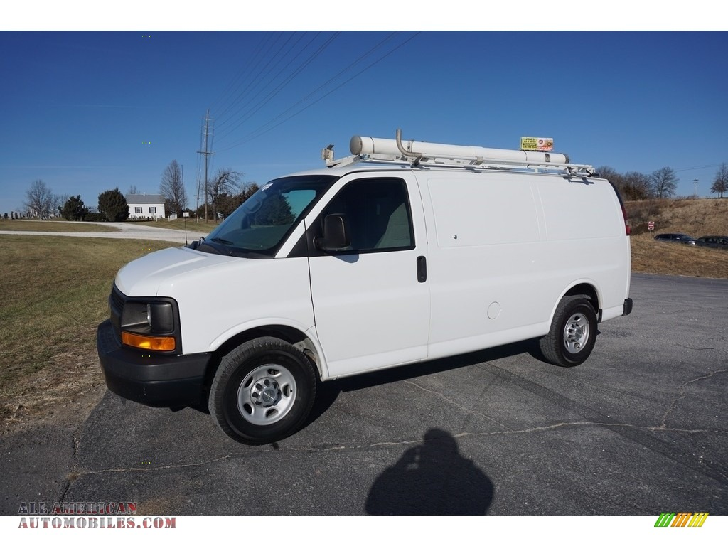2011 Express 2500 Work Van - Summit White / Medium Pewter photo #31