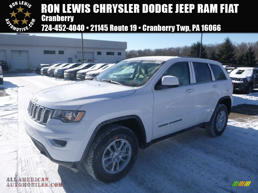 Bright White / Black/Light Frost Beige Jeep Grand Cherokee Laredo 4x4