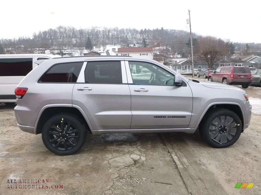 2018 Grand Cherokee Laredo 4x4 - Billet Silver Metallic / Black photo #6