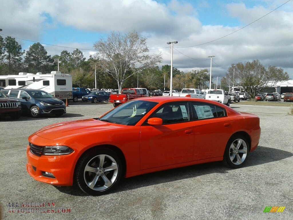 2018 Charger SXT Plus - Go Mango / Black photo #1