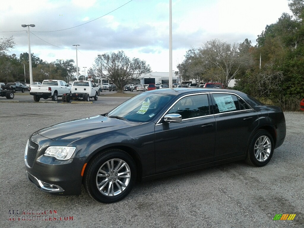 Granite Crystal Metallic / Black Chrysler 300 Touring