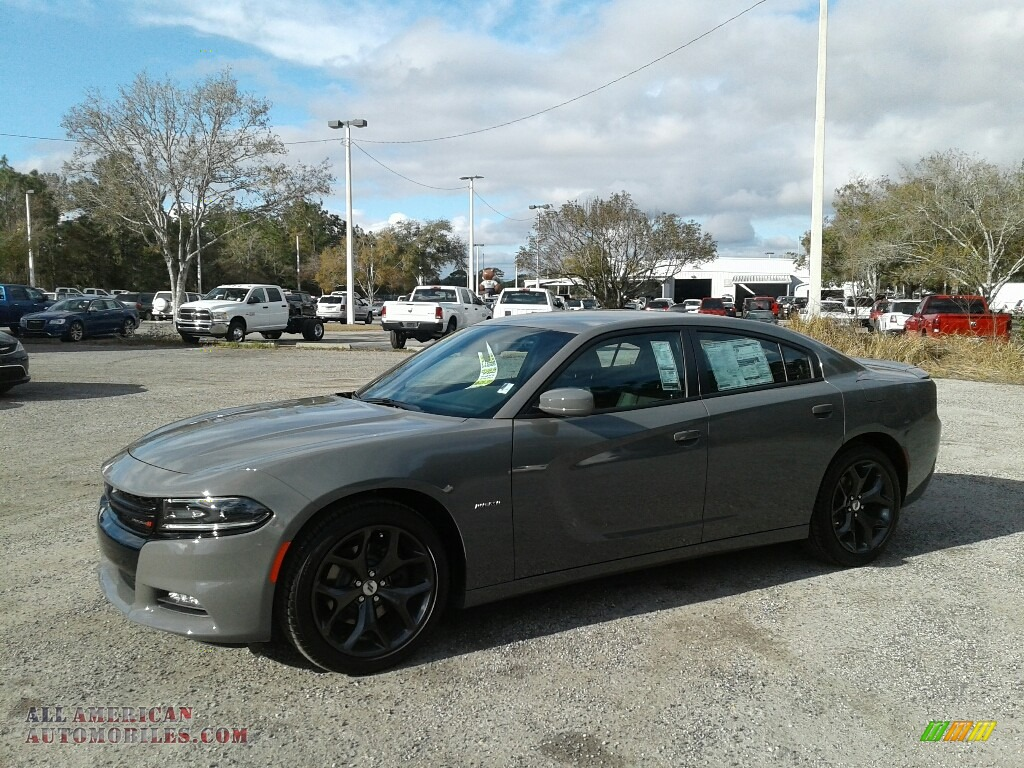 Destroyer Gray / Black Dodge Charger R/T