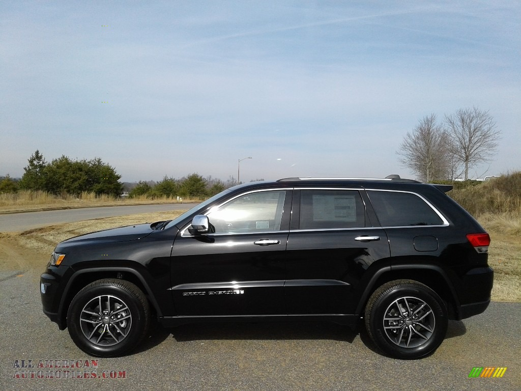 2018 Grand Cherokee Limited 4x4 - Diamond Black Crystal Pearl / Black/Light Frost Beige photo #1