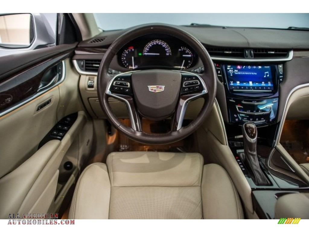 2017 XTS Luxury - Radiant Silver Metallic / Shale w/Cocoa Accents photo #4