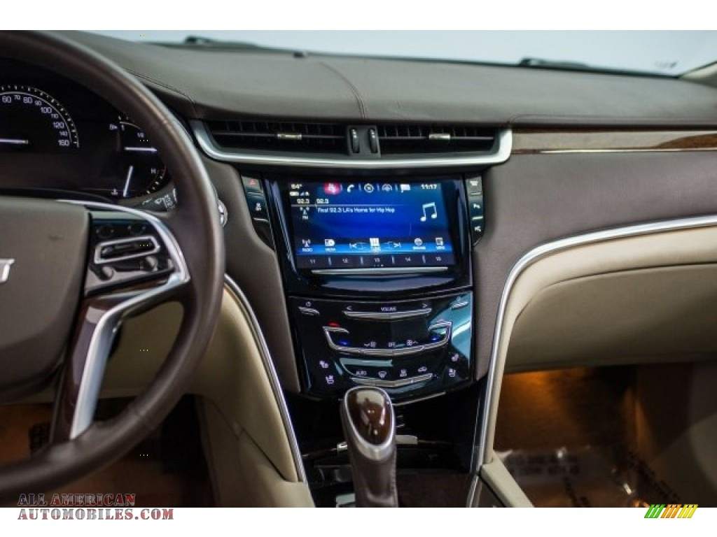 2017 XTS Luxury - Radiant Silver Metallic / Shale w/Cocoa Accents photo #5