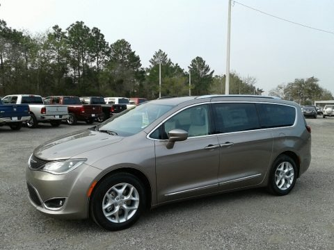 Molten Silver 2018 Chrysler Pacifica Touring L
