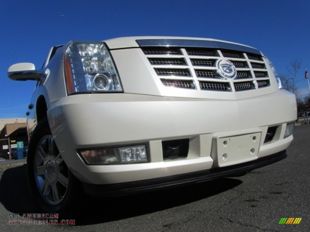 2007 Escalade AWD - White Diamond / Cocoa/Light Cashmere photo #1