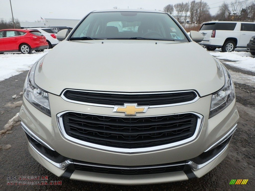 2016 Cruze Limited LT - Champagne Silver Metallic / Brownstone photo #2