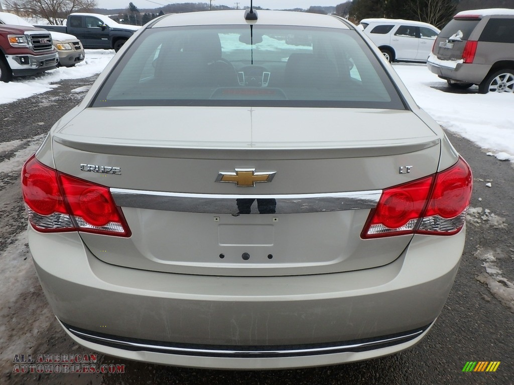 2016 Cruze Limited LT - Champagne Silver Metallic / Brownstone photo #10