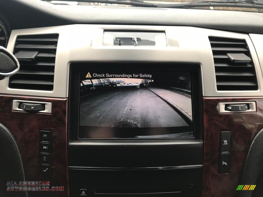 2011 Escalade Luxury AWD - Black Raven / Ebony/Ebony photo #40