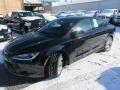 Chrysler 200 S Black photo #7