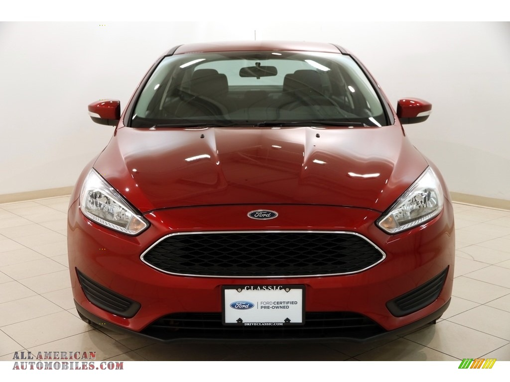 2016 Focus SE Sedan - Ruby Red / Charcoal Black photo #2