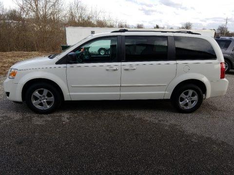 Stone White 2010 Dodge Grand Caravan SE