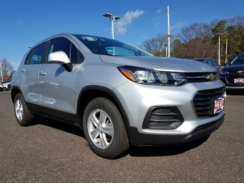 Silver Ice Metallic 2018 Chevrolet Trax LS AWD