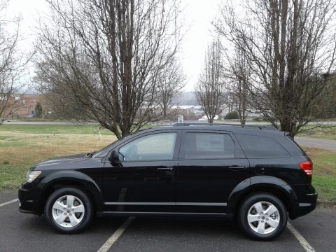 Pitch Black 2018 Dodge Journey SE
