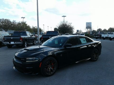 Pitch Black 2018 Dodge Charger SRT Hellcat