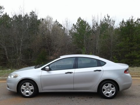 Bright Silver Metallic 2013 Dodge Dart SE