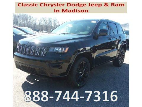 Diamond Black Crystal Pearl 2018 Jeep Grand Cherokee Laredo 4x4