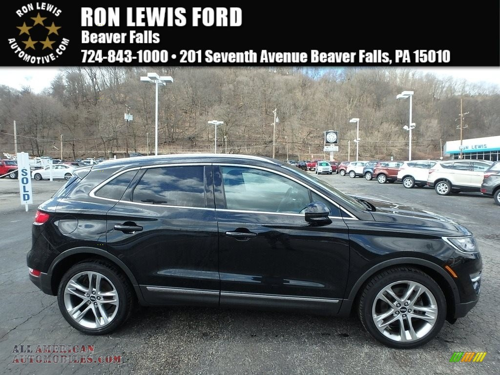 Tuxedo Black Metallic / Ebony Lincoln MKC AWD