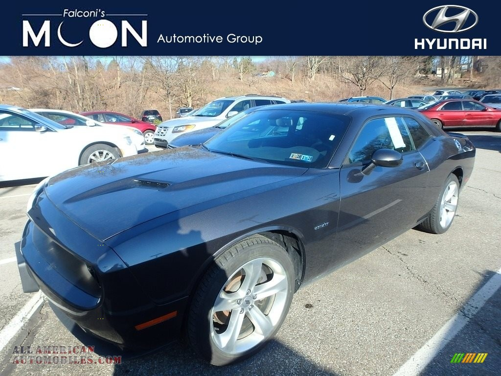 2018 Challenger R/T - Destroyer Gray / Black photo #1