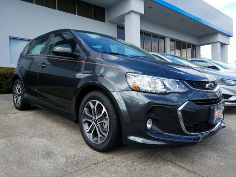 Nightfall Gray Metallic 2018 Chevrolet Sonic LT Hatchback