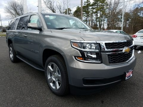 Pepperdust Metallic 2018 Chevrolet Suburban LS 4WD