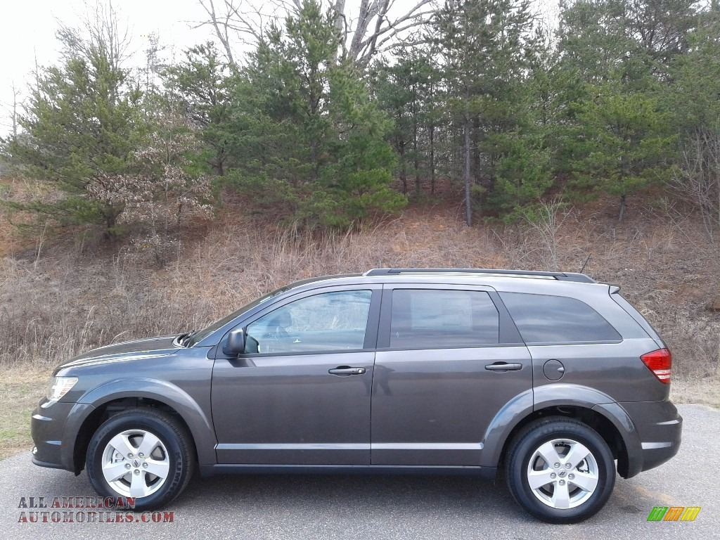 Granite Pearl / Black Dodge Journey SE