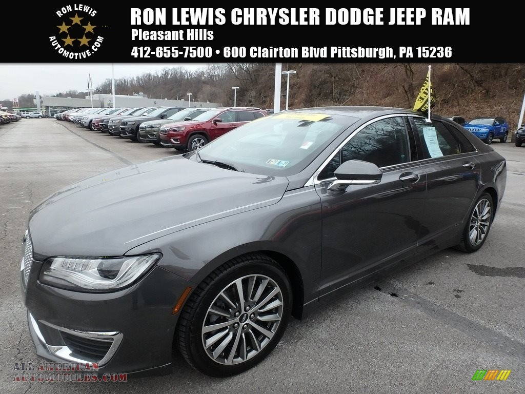 Magnetic Gray / Ebony Lincoln MKZ Select