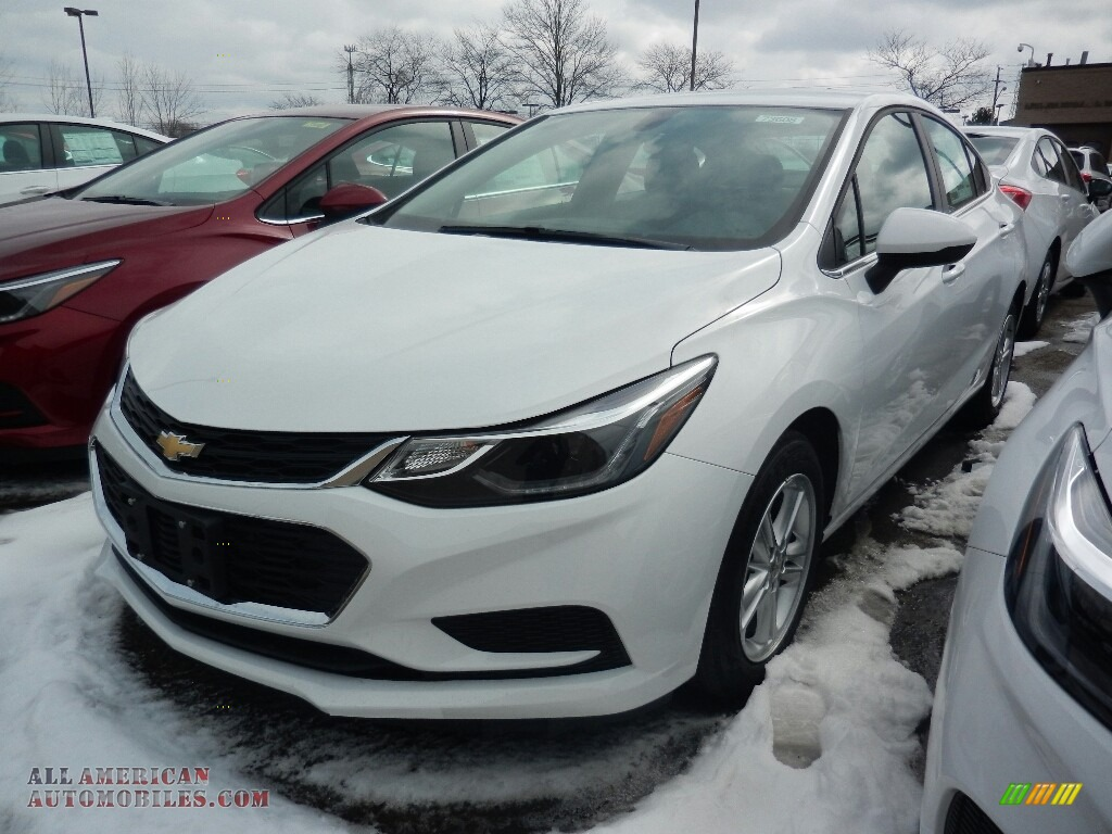 Summit White / Jet Black Chevrolet Cruze LT