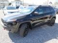 Jeep Cherokee Trailhawk 4x4 Diamond Black Crystal Pearl photo #7