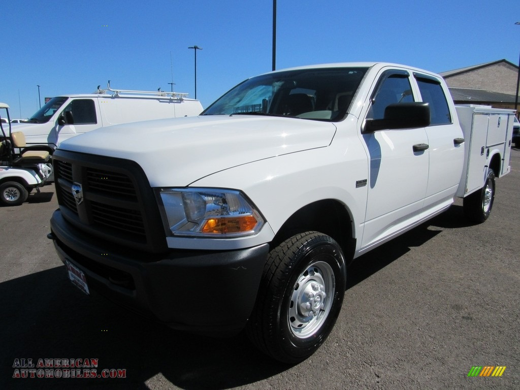 Bright White / Dark Slate/Medium Graystone Dodge Ram 2500 HD ST Crew Cab 4x4