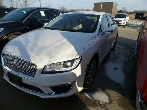 White Platinum Metallic Tri-Coat 2018 Lincoln MKZ Premier