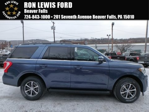 Blue 2018 Ford Expedition XLT 4x4