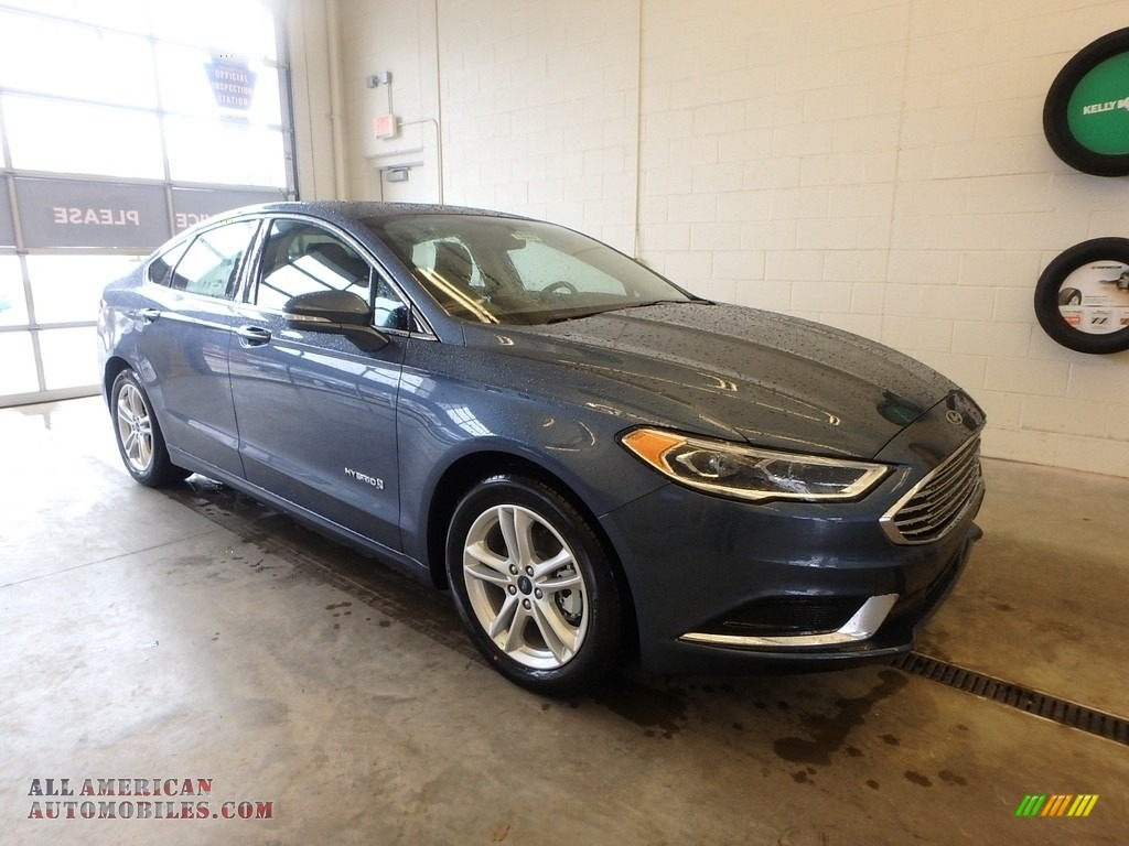 2018 Fusion Hybrid SE - Blue Metallic / Ebony photo #1